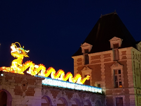 dragon sur pavillon